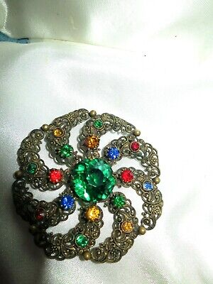 Beautiful vintage Czech gold filigree emerald glass brooch 1940s