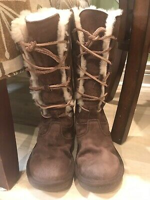e6d668d1072 UGG 5122 WHITLEY Tall Lace-Up Boot brown suede Sheepskin Lined USA Size 7