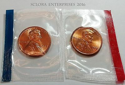 1977 P & D Lincoln Memorial Cent / Penny Set *MINT CELLO*  **FREE SHIPPING**