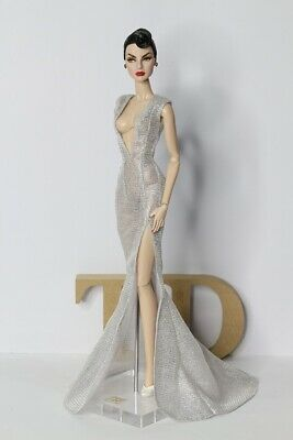 Evening Dress Outfit Gown  silver  Silkstone  Fashion Royalty Model Doll