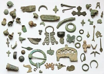 Job Lot of ancient VIKING ERA bronze amulets.fragments