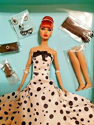 Fashion Royalty Poppy Parker Looks A Plenty Red Hair Dressed Doll & Accessories