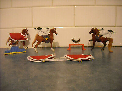 Lot Breyer Stablemate Circus Accessories Saddles Blankets Snowcap Horses Dogs