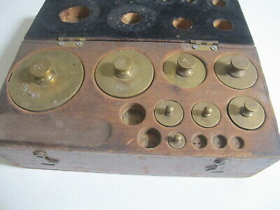VINTAGE Assorted BRASS Balance SCALE WEIGHTS IN WOOD BOX 2-50 OUNCES