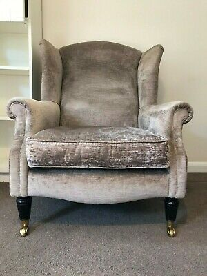 Elegant Laura Ashley Southwold Velvet Armchair – Great Condition – RRP £975