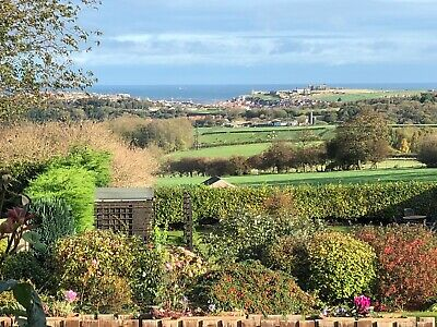 Sneaton Hall Whitby - stunning views, spacious one bedroom apartment, parking,