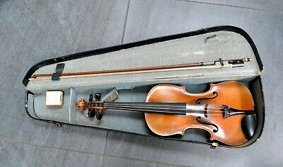 Old violin 4/4 Full size with bow and case, good playing condition