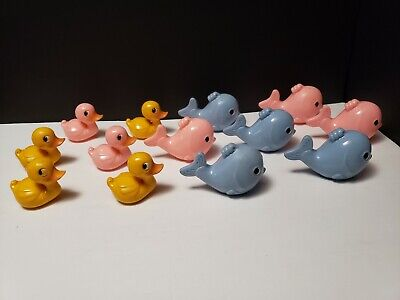 13x 1950s Knickerbocker Plastic Baby Rattle Tubby Pink Blue Yellow Fish Toys