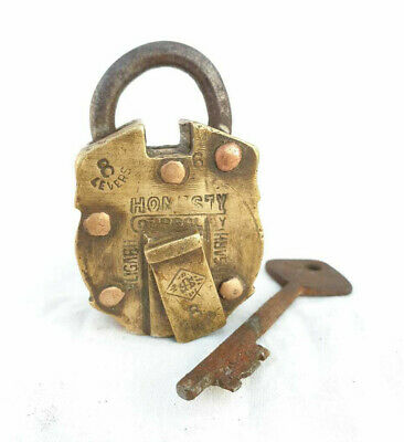 1940 Old Vintage Antique Handmade Strong Honesty Fine Brass Pad Lock & Iron Key