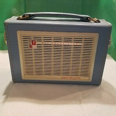 General Electric Vintage All Transistor Radio Model P-796B Blue - TESTED A+