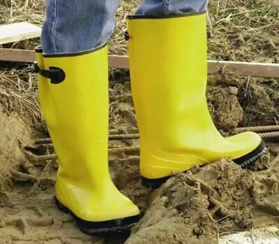 a31aa19c279fd WEST CHESTER OVER-THE-SHOE Rubber Slush Boot, 17