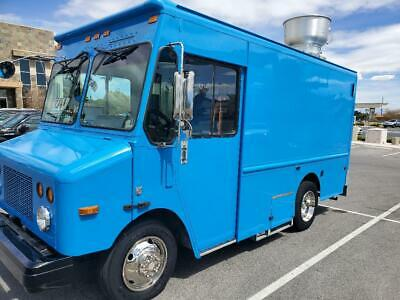 25' WORKHORSE FOOD Truck for Sale in Pennsylvania