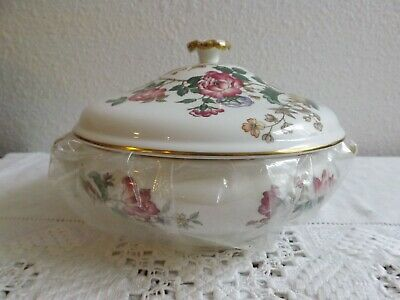 Wedgwood England Charnwood Covered Vegetable Dish Flowers & Butterflies