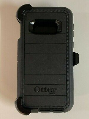Otterbox Defender Pro Series Case for Samsung Galaxy S10e with Holster Black