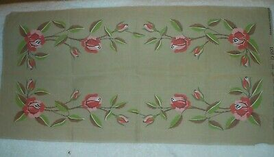 Red And Pink Roses Table Runner Printed Tapestry Canvas (98 X 48 Cm)