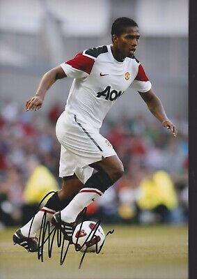 ANTONIO VALENCIA Hand Signed MANCHESTER UNITED Autograph Photo - Authentic
