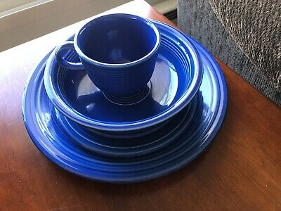 Fiesta 5 PIECE PLACE SETTING SAPPHIRE Second Quality
