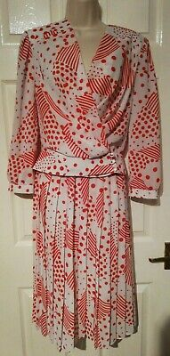 Vintage House Of Fraser Red & White Two Piece, Skirt & Top, Size 8-10