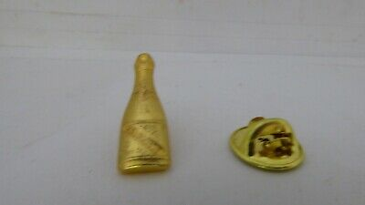 Pin's Pins Pin Badge BOUTEILLE DE CHAMPAGNE /  CHAMPAGNE BOTTLE / TOP !