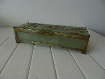 superb chinese carved jade jewellery box