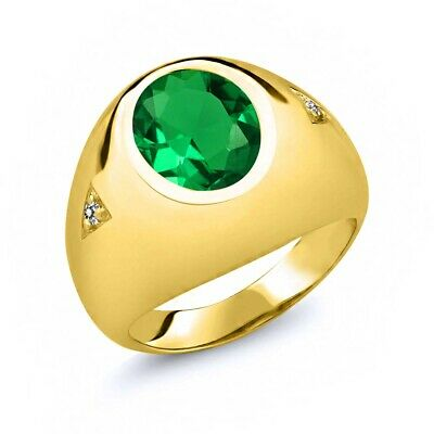 Gem Stone King 0.84 Ct Green VS Simulated Emerald 18K Yellow Gold Plated Silver Mens Solitaire Ring
