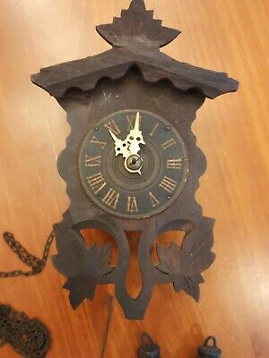 Beautiful Vintage German Black Forest Wall Clock 1