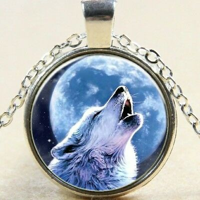 wolf Lobo luna animal camafeo mujer moon wolf luna picture pendant necklace
