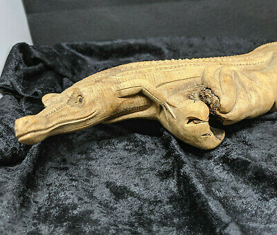 Vintage Carved Wooden Alligator Crocodile Lizard Native Animal Figure