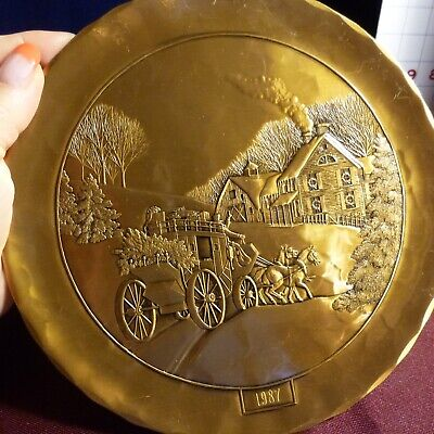 BRONZE Christmas Plate 1987 Wendell August Forged - Limited Edition Reg no 3045