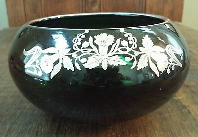 "Vintage ANTIQUE EMERALD GREEN GLASS 3 FOOTED SILVER OVERLAY Floral BOWL 8"" Heavy"