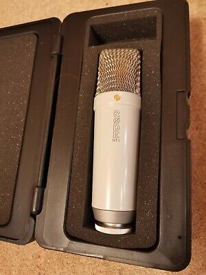 Rode NT1-Cardioid Condenser Microphone excellent condition with case