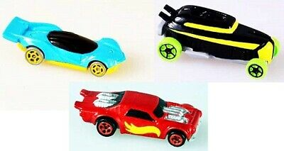 World's Smallest Hot Wheels - Series 3 - One Hot Wheel Vehicle, Style will Vary
