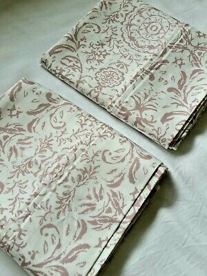 PAIR Threshold Dusty Rose Medallion on White Standard 20x32 Pillowcases Cotton