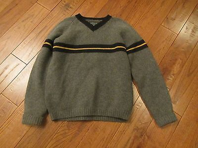 b6dd600542 VINTAGE 80S ABERCROMBIE & Fitch Muscle Red V-Neck Lambswool Knit ...