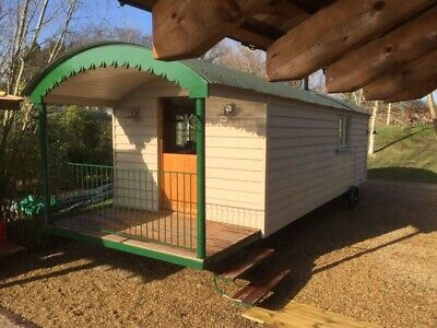 Shepherd Hut with Hot Tub short break, £290 2 night stay plus £50 damage deposit