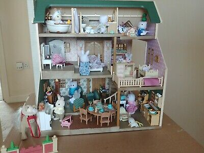 Sylvanian families furnished house on the hill bundle