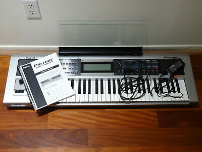 ROLAND E-A7 EXPANDABLE Arranger Keyboard KEY ESSENTIALS BUNDLE