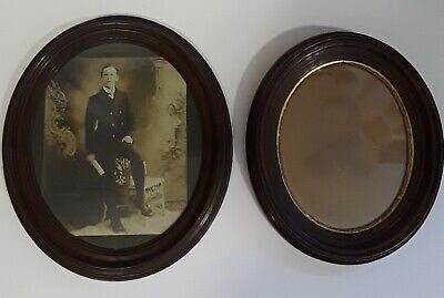 (2) ANTIQUE victorian VINTAGE DARK WOOD OVAL PHOTO PICTURE FRAMES with PHOTOS