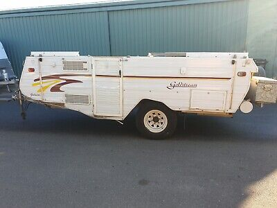 2000 Model Goldstream Off-road 4x4 caravan camper trailer damaged project