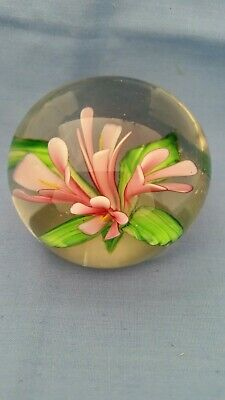 Paperweight with pink flowers