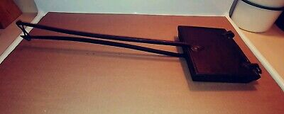 Antique Unbranded 1800'S Cast Iron Waffeler, Waffle Iron, Long Handles, Vgc