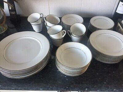 Noritake Spectrum 2983 Vintage Dinner Set 48 Piece, EUC