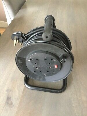 15 Metre Extension Reel / Lead With 4 Plug Sockets