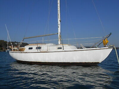 Top Hat 25ft Mk 0 Classic Sailing Yacht  inboard (Newcastle NSW ) No Reserve!!