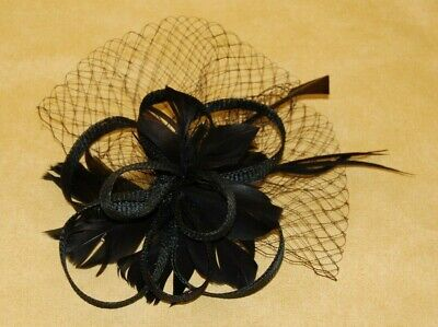 Elegant Black Sinamay Loops Fascinator With Net &Feathers On Hair Comb.