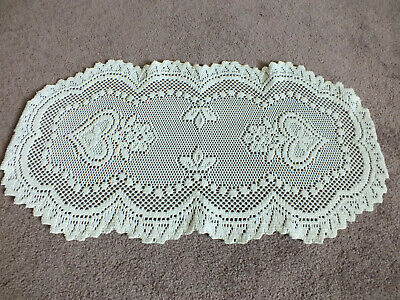 """Collectible Beautiful Heritage Lace Doily White 22 x 11 1/2"""" Floral Heart NICE"""