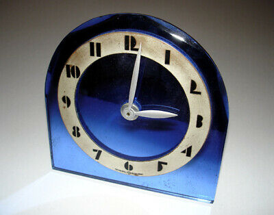 1930s Art Deco General Electric Beveled Blue Mirroed Glass Electric Clock