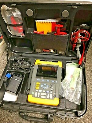 Fluke 196C 100MHz Scopemeter Color with case and accessories