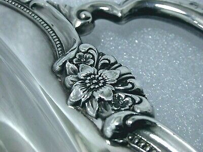 1847 Rogers Bros Remembrance Ornate Deco Medium Serving Butler Solid Tray 2/2