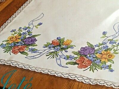 Dimensions 2003 Dresser Scarf SPRING FLOWERS Stamped Cross Stitch Flowers Lace